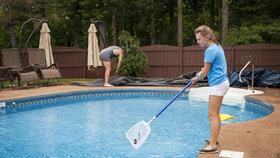 Jak připravit bazén na koupací sezonu? S našimi tipy to zvládnete