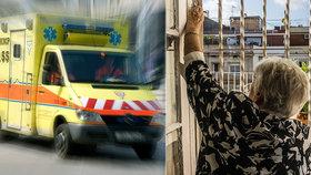 Létající zdravotnické týmy: Během koronakrize pomáhaly seniorům. V Praze nyní hledají jejich další využití