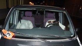 """Mladíci po kuriózní """"nehodě"""" tvrdě usnuli: Přišli jsme si jen odpočinout! tvrdili policii"""