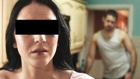 Cizinec mlátil těhotnou přítelkyni před dětmi: Pak na ni vytáhl nůž!