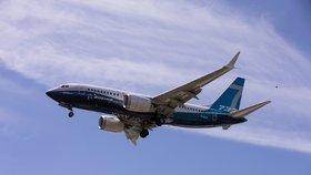 Boeing 737 MAX se po tragédiích přiblížil návratu na nebe. Má za sebou testovací lety