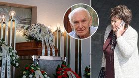 Bohdalová se nerozloučila s Matyášem (†90), spletla si pohřby! Kde jste, volala z jiného hřbitova