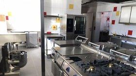 To bude pošušňání: Na obědech z nové kuchyně ve vinořské školce si pochutnají děti i senioři