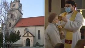 Na mši během pandemie přišly desítky lidí: Kněz Jozef za to dostal vysokou pokutu