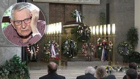 PŘÍMÝ PŘENOS: Pohřeb Jana Skopečka (†94): Smutné loučení, poloprázdná síň