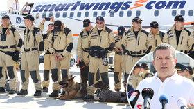Hamáček zuří po smršti kritiky. Záchranáře poslal do Bejrútu se Smartwings místo armády