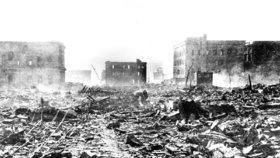 """""""Zakažte jaderné zbraně,"""" žádají vládu přeživší z Hirošimy. Zeman poslal kondolenci"""