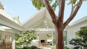 Tohle se povedlo! Dům z 60. let proměnili v moderní domov se zeleným srdcem