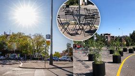 """""""Kdo si sem sedne? Akorát sem praží slunce."""" Na Malvazinkách je nová odpočinková zóna, místní jsou rozčarovaní"""