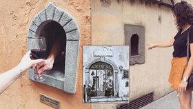 Vinná okénka z doby moru jsou v Itálii letním hitem. Koronavirus jim dal druhou šanci