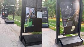 """Nechutný vandalismus: Na komunisty popravenou Miladu Horákovou zaútočili """"bezmozci""""! Rozkopané panely na pražské Kampě"""