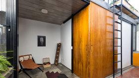 Malý byt rozšířila přístavba se dvěma ložnicemi a terasou