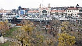 """Halu Hlavního nádraží v Praze čeká znovu kompletní oprava. Ta nedávná se """"nepovedla"""""""