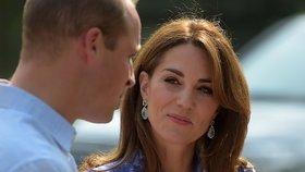 Fascinující příběhy, které se ukrývají za šperky vévodkyně Kate. Zdobí ji skvosty nevyčíslitelné hodnoty, ale i náušnice za 5 liber!