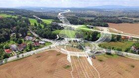 Zádrhel na D3: Po obchvatu Českých Budějovic se řidiči projedou až v roce 2024