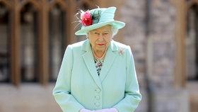 Královna Alžběta II. (94) se odmítla vrátit do paláce! Fanoušci mají strach