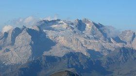 Ledovec italských Dolomit může do 15 let zmizet, varují vědci. Ztratil už 80 procent objemu