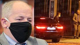 Tresty za schůzku v restauraci: Prymulovi hrozí 20 tisíc pokuta, Faltýnek si nechá vzít imunitu