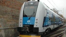Vlak typu RegioPanter. Podobný se nezajištěný proháněl v srpnu Kadaní. (Ilustrační foto)