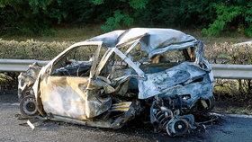Takto dopadl vůz dvou manželských párů, do něhož Varholíková-Rezešová nabourala.