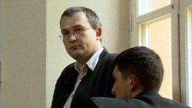 Radek Březina figuruje v kauze Metyl údajně jen v dílčí roli. Je však stíhaný za daňové úniky z nelegálního alkoholu.