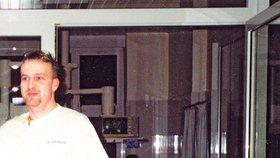 Petr Zelenka na archivním snímku jakožto ošetřovatel havlíčkobrodské nemocnice