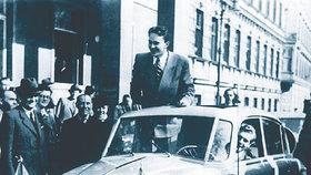 Historický okamžik: Píše se 22. duben 1947 a oni vyrážejí do světa. Jejich reportáže pak bude »hltat« téměř celé Československo.