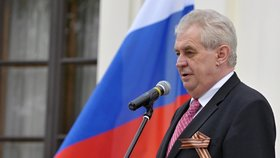 Prezident Zeman oprášil na ruském velvyslanectví svou ruštinu