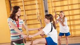Dívky ve věku 15 až 16 let jsou pohyblivé jako desetileté děti.