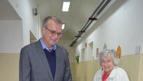 Miroslav Kalousek s maminkou Soňou