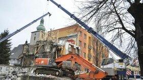 Panelový dům musel být po výbuchu stržen