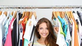 Praská vaše skříň ve švech? Musíte se zbavit zbytečných kousků!