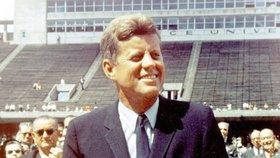 JFK byl u Američanů velmi oblíbený prezident, přesto měl spoustu odpůrců.