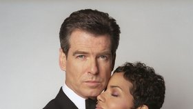 Nejoblíbenější Bond girl Jamese Bonda byla Halle Berry.