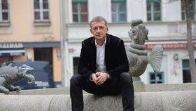 Roman Janoušek je souzen za to, že srazil a těžce zranil ženu.