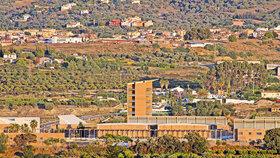 V tomto vězeňském komplexu v městečku Alhaurín de la Torre Kukučová skončí.