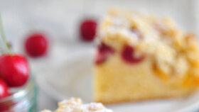 Ovocný koláč s drobenkou