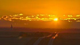 23. září v půl páté ráno nastane rovnodennost a léto se zlomí do podzimu, který už cítíme v kostech.