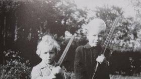 Václav Havel s bratrem Ivanem: Na vojáky si hráli už jako malí