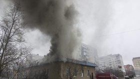 Při útoku zemřelo minimálně 15 lidí