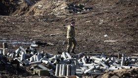 Na Ukrajině se válčí i přes dohodnuté příměří.