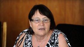 Ombudsmanka Šabatová žádá o zákonné vymezení práv a povinností opatrovníků, upravení postupu při zjišťování obvyklých nákladů na bydlení pro sociální dávky a zahrnutí některých cizinců do veřejného zdravotního pojištění.
