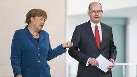Premiér Bohuslav Sobotka s německou kancléřkou Angelou Merkelovou
