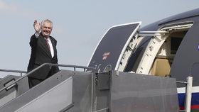 Prezident republiky Miloš Zeman letadlo armády také využívá.