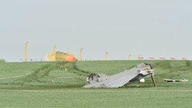 Oba piloti se katapultovali.