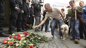 Protesty proti norské sociálce v Praze: Pochodu se zúčastnil i Dominik Hašek