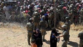 Ze Sýrie uprchly do Turecka za dva dny tři tisíce lidí!