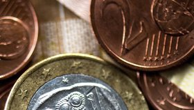 """Pokud zmizí """"řecké"""" euro, zanikne prý celá měna."""