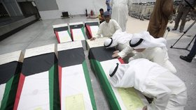 Podobný incident se odehrál nedávno i v Kuvajtu - Kuvajťané pohřbili mrtvé.
