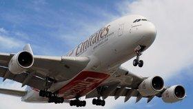 Airbus musí překontrolovat kvůli možným prasklinám starší A380